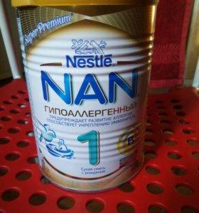Смесь гипоаллергенная NAN 1 до ноября 2017