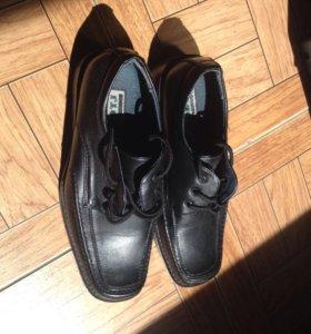 Детские туфли размер 34