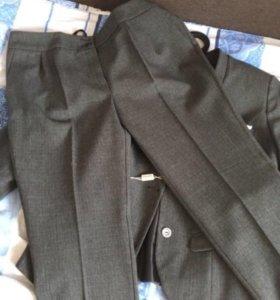 Костюм,брюки-пиджак
