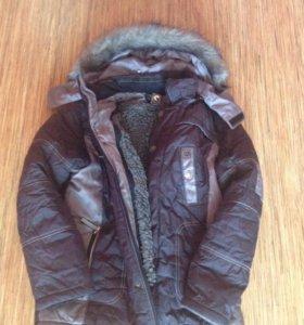 Куртка зимняя, примерно на 10-12 лет