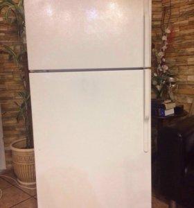 Холодильник General Electric