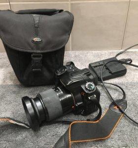 Зеркальный фотоаппарат Sony a200 с обьективом