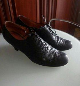 Кожаные ботинки б.У 39. Хорошие состояние