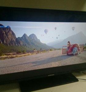 Телевизор Samsung ue32