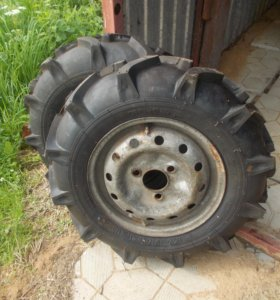 Резина тракторная новая