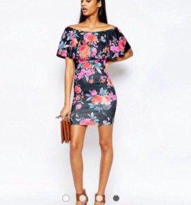 Новое платье essentials с Asos черное цветы рюши