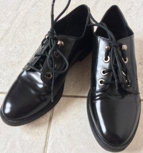 Классические женские туфли ботинки дерби