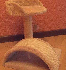 Домик и когтеточка для котёнка