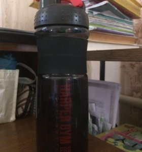 Продам шейкер(бутылка для воды)