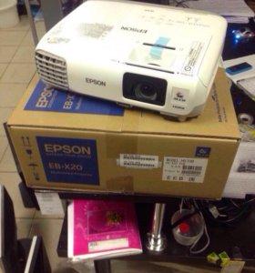 Видеопроектор новый Epson eb-x20
