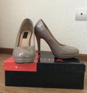 Туфли женские, лакированные беж. р-р.37-38