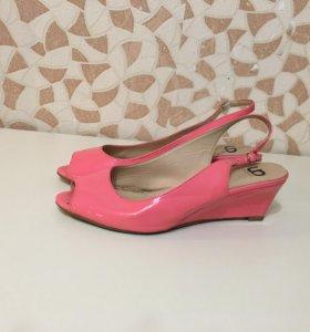 Туфли 39-40 размер