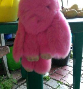 Розовый заяц брелок