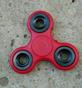 Красный спиннер
