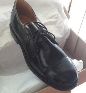 Туфли лакированные, военные