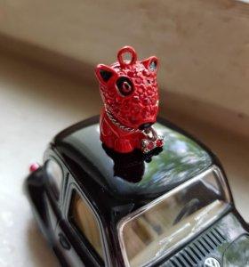 Кулон собачка питбуль красная со стразами