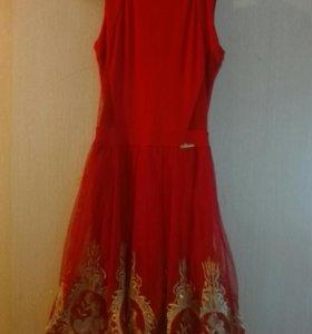 Платье новое 42,44,46