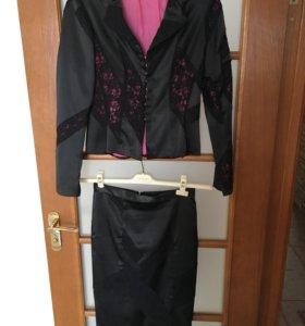 Костюм( пиджак и юбка)