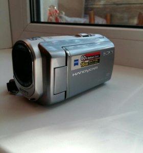 Видеокамера Sony DCR-SX60