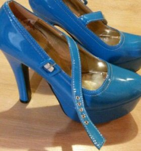 Продам туфли 👠 37 размера новые