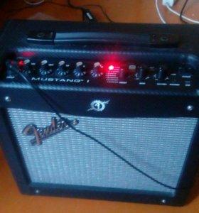 Fender SQUIRE STANDART StratT.+Комбик fender