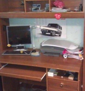 стенка школьника с компьютерным столом