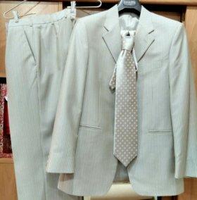 Пиджак и брюки(костюм)