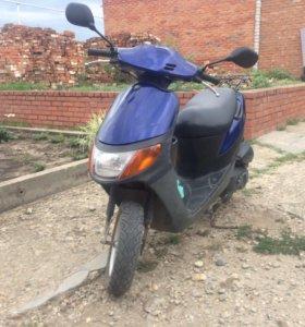 Suzuki lets скутер