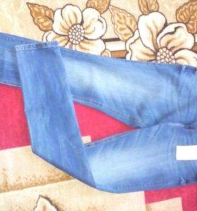 Новые джинсы Zolla