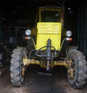 трактор т-40ам,зернодробилка дкр-2,2.