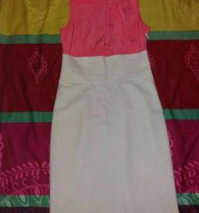 Платье 40-42 р-р