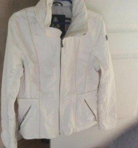 Куртка белая 44-46