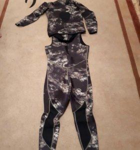 Гидро костюм