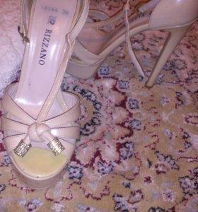 Одежда, обувь