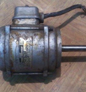 Асинхронный двигатель ссср