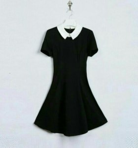Платье ( к нему идёт брошка)