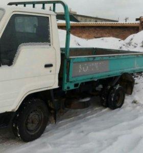 Самосвал Toyota Dyna 1.5т