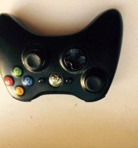 Xbox 360 Slim + Kinect+2 джойстика+пара игр