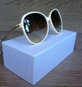 Элегантные солнцезащитные очки новые