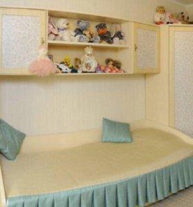 Кровать односпальная с выдвижными ящиками
