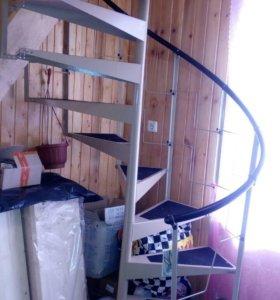 Лестница на второй этаж б/у