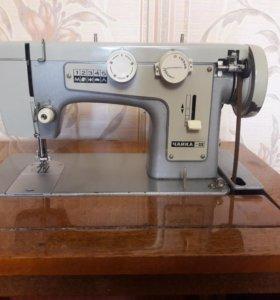 Ножная швейная машинка Чайка III