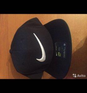 Снепбэк Nike