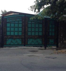 Кованные ворота двери