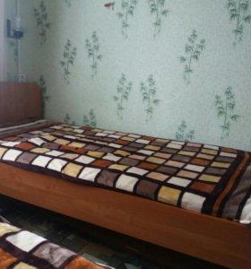 Кровати односпальные 2 штуки