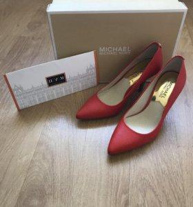 Новые туфли Michael Kors (35 р-р)