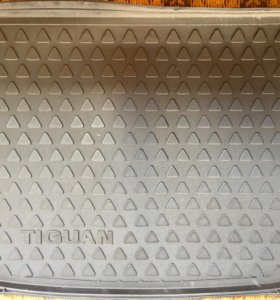 Коврик багажника Volkswagen Tiguan (5N0061180)