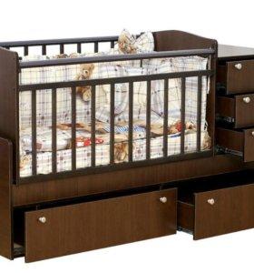 Кроватка-трансформер (комод, кровать, стол)