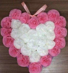 Сердечки из бумажных цветов