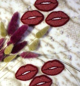 "Брошь ""Поцелуй"""